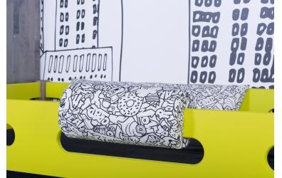 Textilie chránič kulatý krátký Comics černobílý